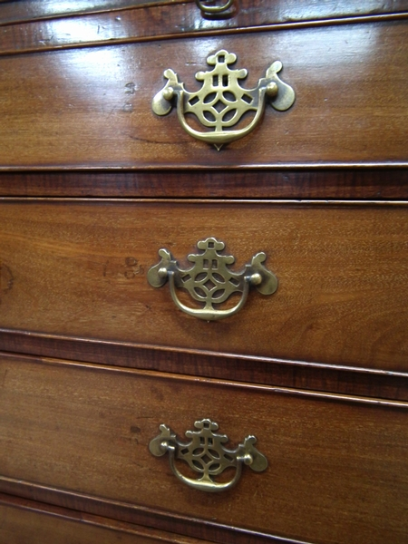 Antique George III Neat Sized Chest of Drawers