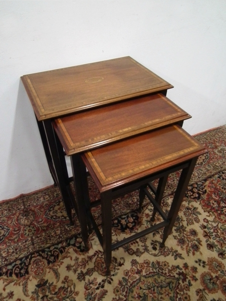 Edwardian Sheraton Style Nest of Tables