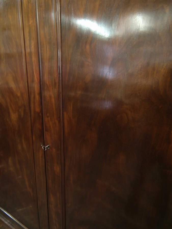 Antique William IV Mahogany 2 Door Wardrobe