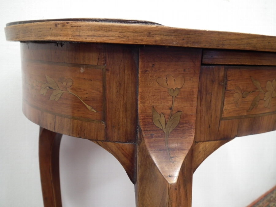 Antique Louis XVI Style Inlaid Oval Side Table