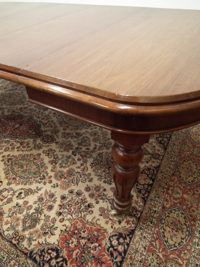 Antique Victorian Mahogany Wind Out Dining Table