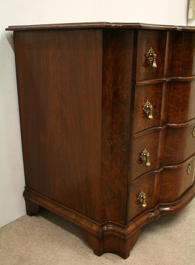 Antique George II Style Walnut Chest of Drawers