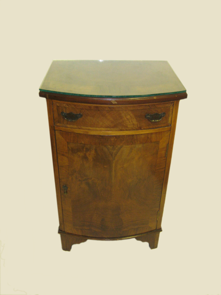 Antique Georgian Style Bowfront Bedside Cabinet