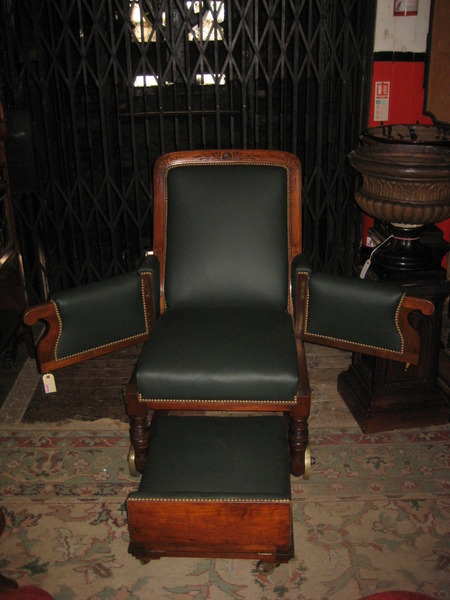 Antique Late Victorian Invalid chair