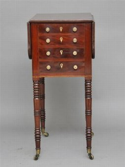 Antique 19TH CENTURY WILLIAM IV MAHOGANY DROP LEAF SIDE TABLE
