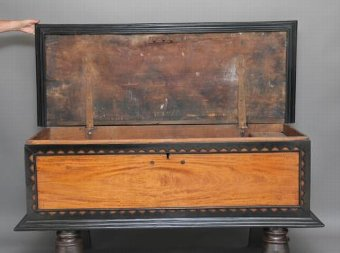 Antique 18TH CENTURY CEYLONESE SATINWOOD AND EBONY COFFER