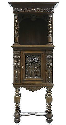 19TH CENTURY VICTORIAN CARVED OAK HALL CUPBOARD ON STAND