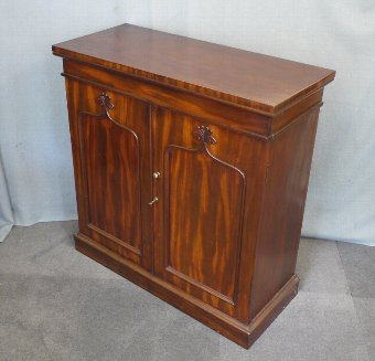 Antique Regency mahogany cabinet, chiffonier