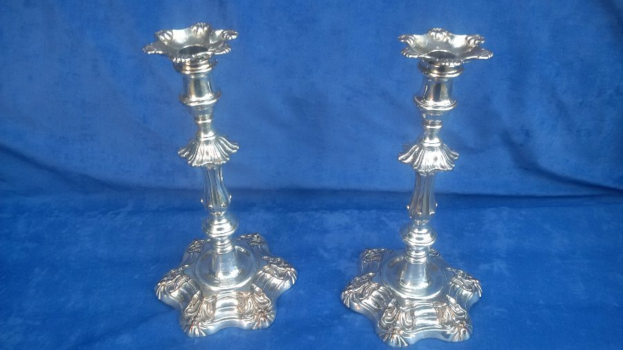 FINE AND RARE PAIR OF ENGLISH OLD SHEFFIELD PLATE CANDLESTICKS BY MATTHEW BOULTON CIRCA 1765-70
