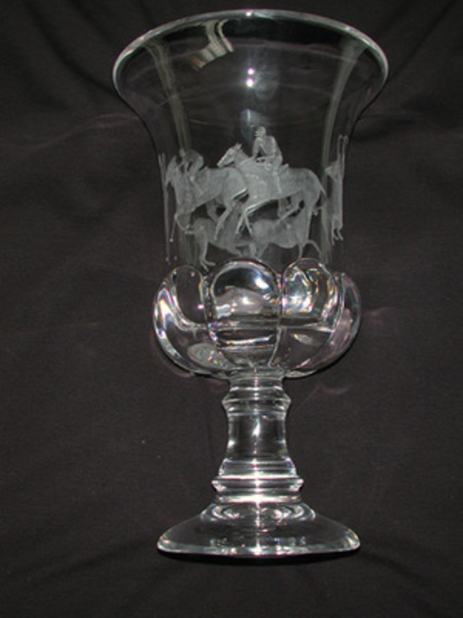 A 20th century 24 percent lead crystal hand engraved urn. Made by    Mario Cioni and hand engraved by British Engraver Sandra Snaddon