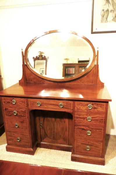 Antique MAHOGANY DRESSING TABLE C1910
