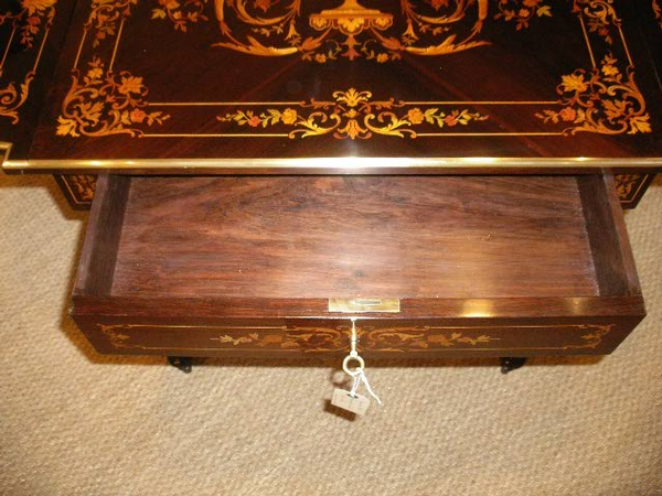 Antique NAOPLEON III INLAID SOFA TABLE