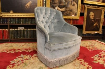 Antique BEAUTIFUL LADIES BUTTON-BACK VELVET UPHOLSTERED TUB BEDROOM ARMCHAIR C1970