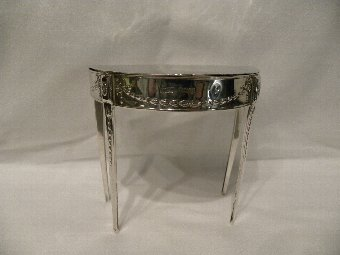 Antique A silver H/M trinket box - Item 2098
