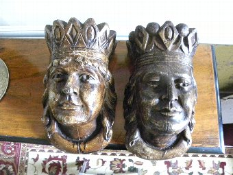 Antique A pair of Flemish carved wood wall brackets - Item 3321