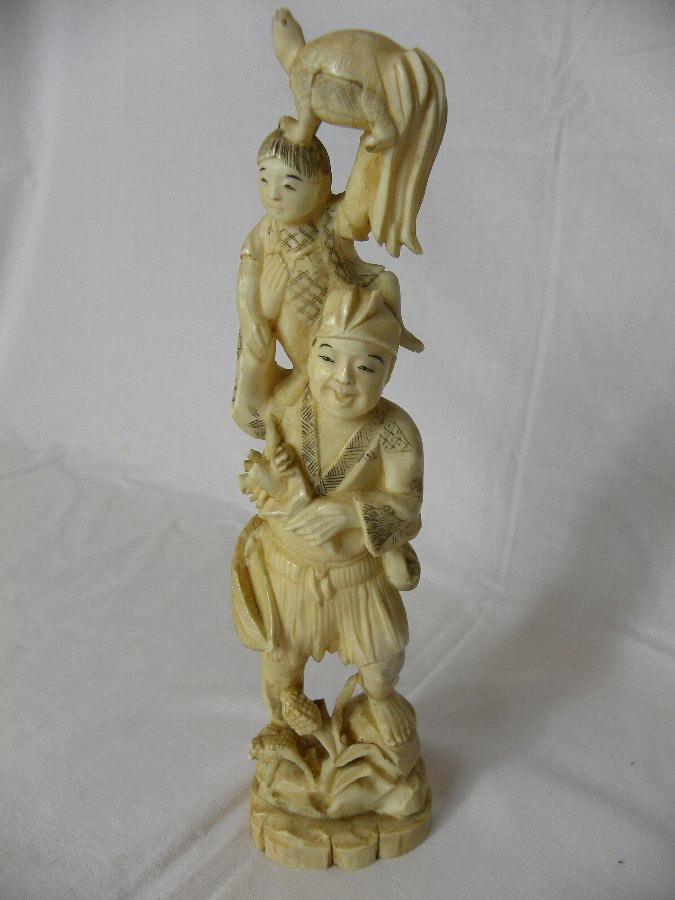 A Japanese early 20th century ivory okimono - Item 3146