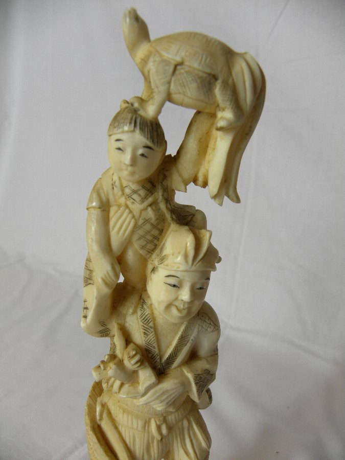 Antique A Japanese early 20th century ivory okimono - Item 3146