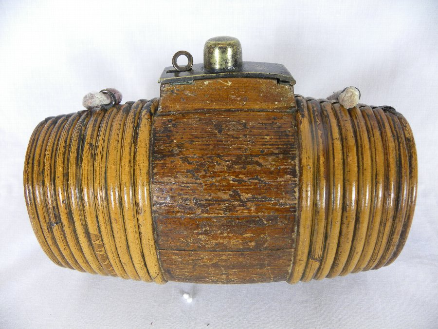 A 19th Century wooden costrel (or harvest barrel ) - Item 3153