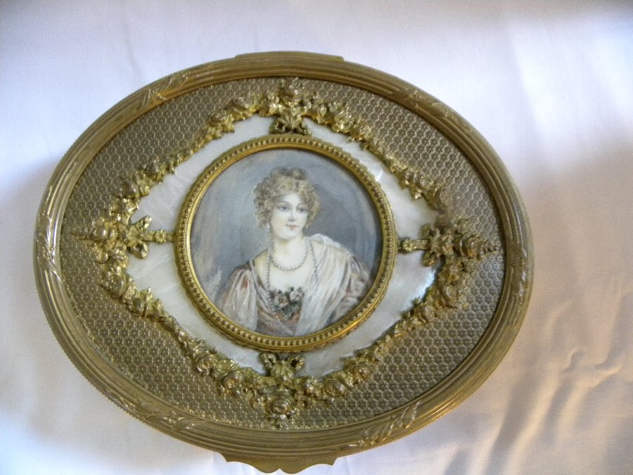 Antique Oval French Ormulu Jewel Casket - Item 3215