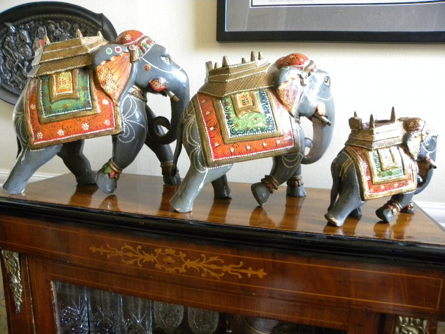 Set of three Indian hand carved and painted Indian Elephants - Item 3354