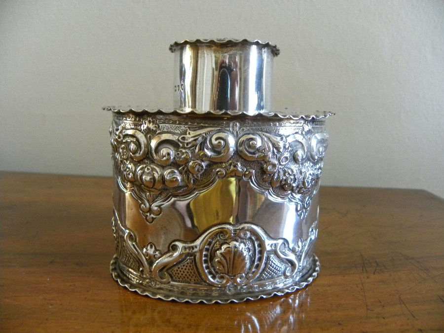 Am embossed hallmarked silver tea caddy - Item 3356