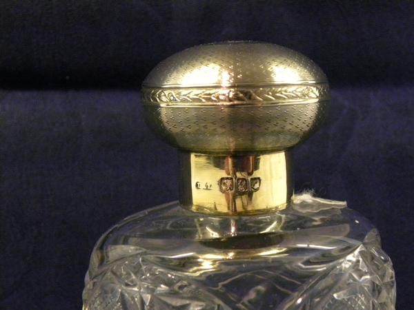 Antique Silver Gilt Mounted Cut Crystal Scent Bottle - Item 181