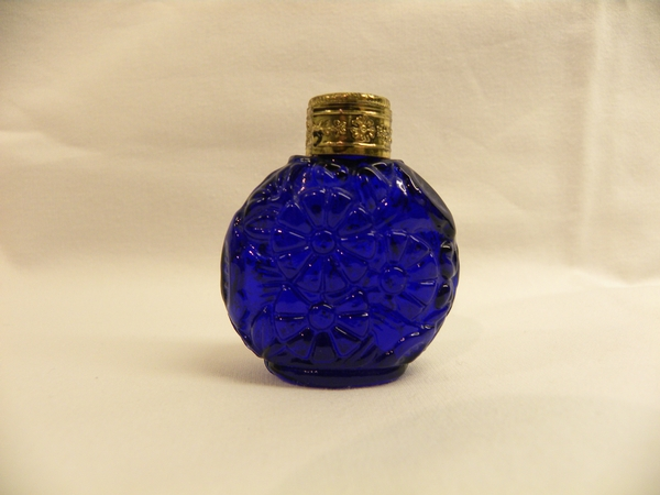 Blue glass scent bottle - Item 382