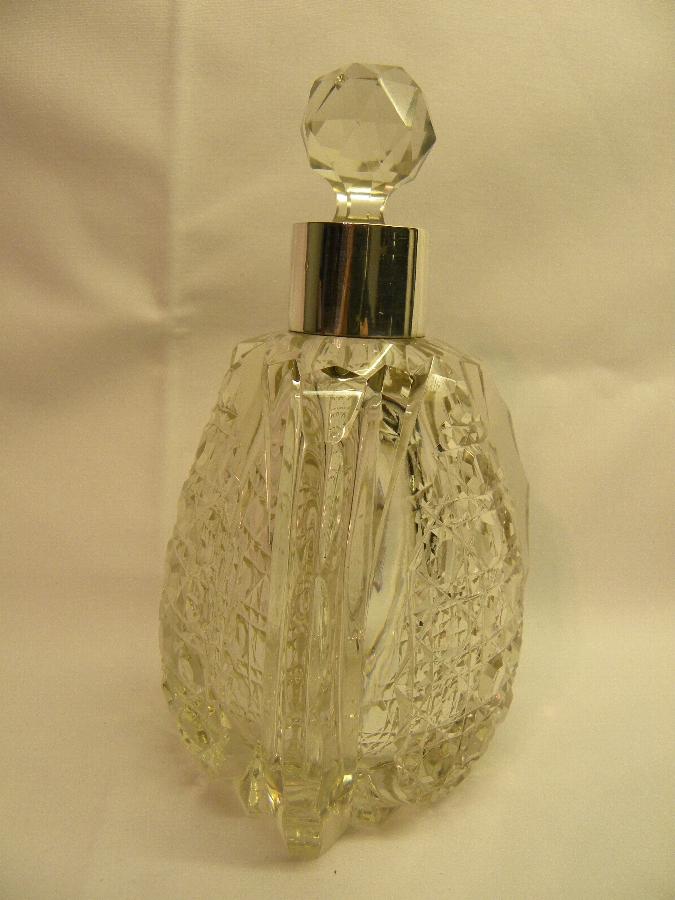 Hallmarked Silver & Cut Crystal Scent bottle - Item 664