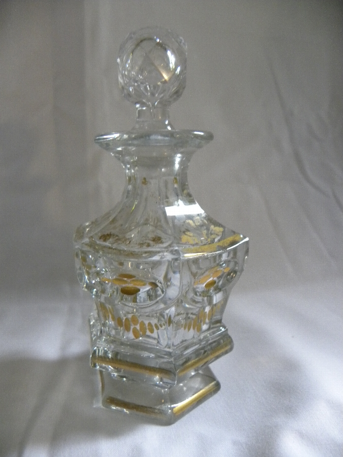 Victorian Crystal glass scent bottle - Item 793
