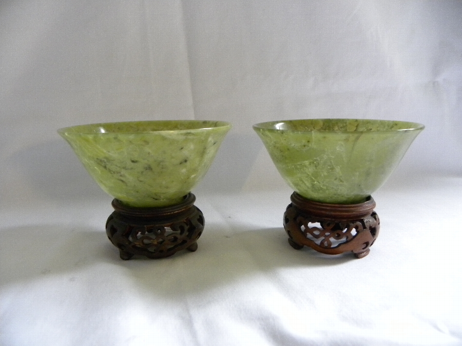 A very fine pair of Chinese Apple Green Jade Bowls and stands - Item 986
