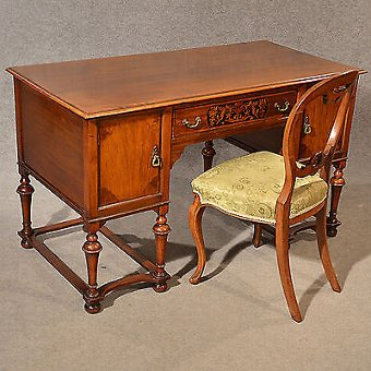 Antique Antique Desk Study Office Library Table Quality Victorian English Walnut c1900