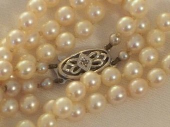 Antique STUNNING ART DECO 2 ROW PEARL NECKLACE WITH 9CT WHITE GOLD DIAMOND CLASP