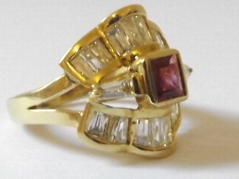 Antique Stunning Heavy 18ct Gold 1.3ct Diamond & Ruby Ring
