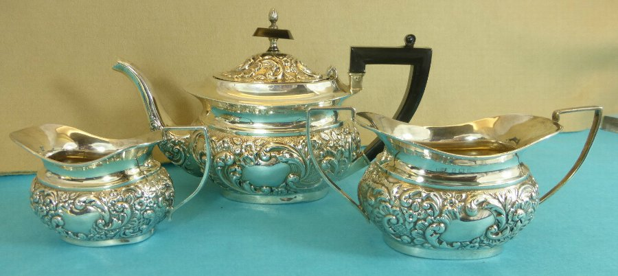Antique EDWARDIAN STERLING SILVER 3 PIECE TEA SET CHASED SWIRLING LEAVES FLOWERS 1902