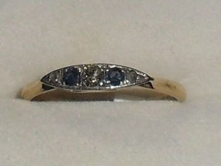 Lovely art deco 18ct gold diamond and sapphire ring.