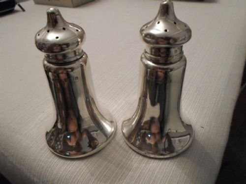 Antique Pair of Antique Hallmarked Silver Peppers.John Grinsell & Sons Birmingham 1908