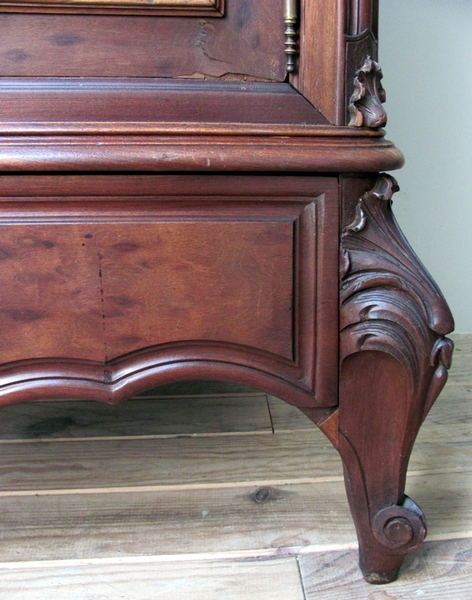 Antique ? STUNNING ANTIQUE FRENCH ROCOCO ARMOIRE - C1900 ?