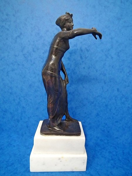 Antique Art Nouveau bronze antique figurine - G Morin - c1890s