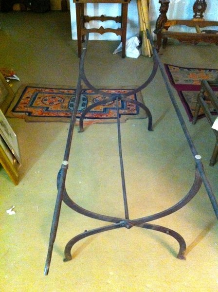 VENETIAN IRON TABLE SUPPORT year 1850