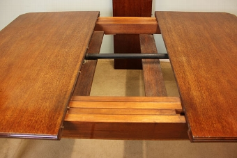 Antique Antique Edwardian Inlaid Mahogany Dining Table,