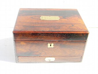 Antique Vanity box in rosewood Victorian circa 1850's