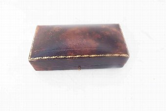 Antique Vintage Ladies 9ct gold wristwatch and presentation case