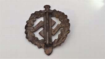 Antique 2ww German badge Genuine item from history.