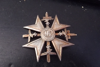 Antique German 2ww Spanish legion pin back medal