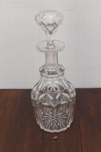 Antique Decanter cut glass early traditional styled 20th century quality item. RB1