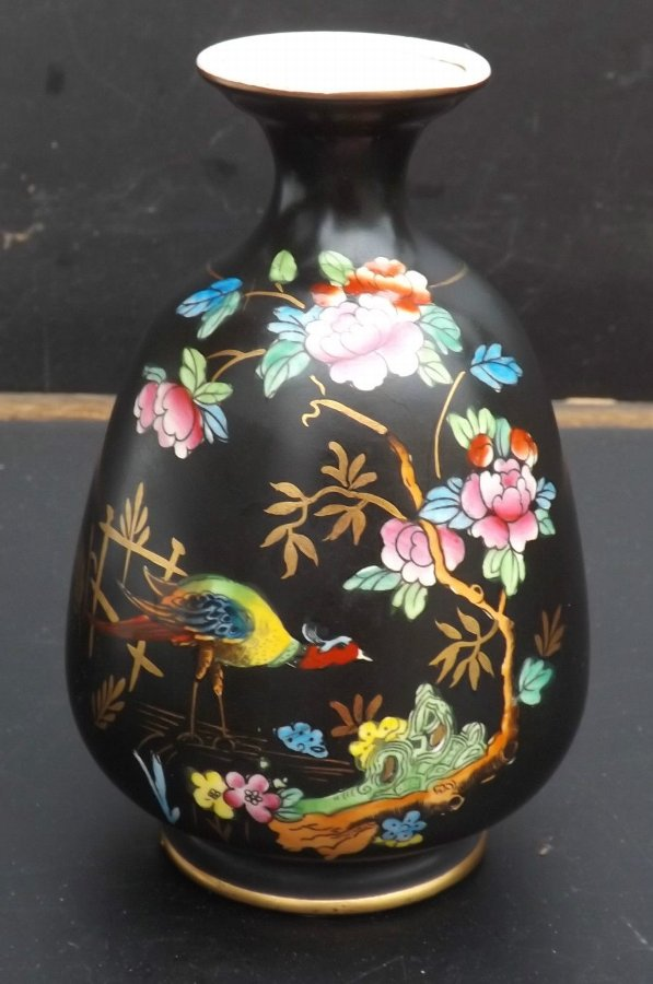 Chelsea Vase Hand painted by Crown Devon Fielding Staffordshire England