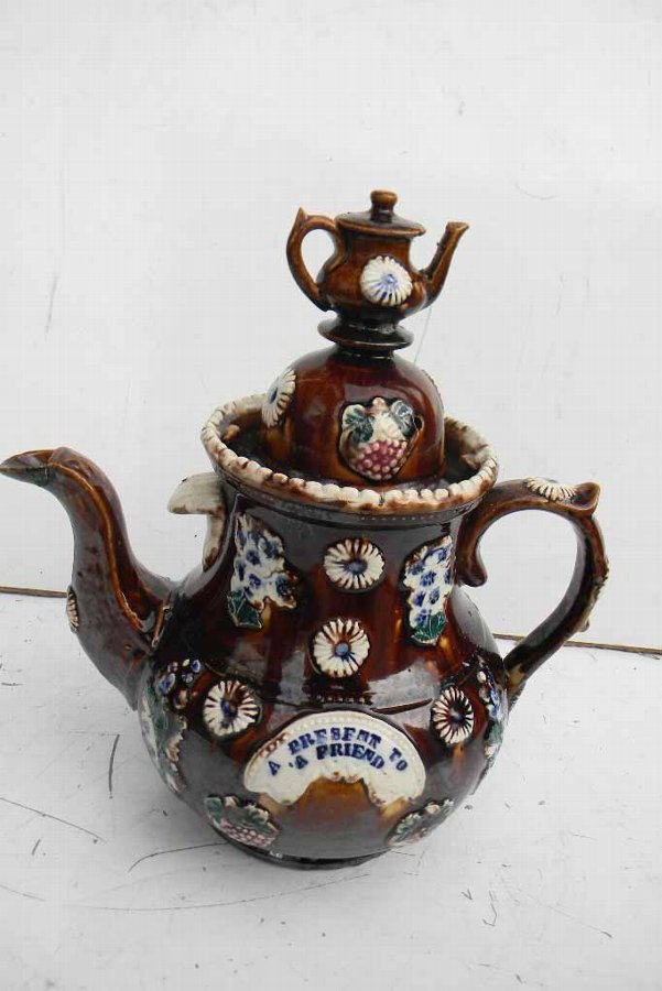Bargee teapot large in size