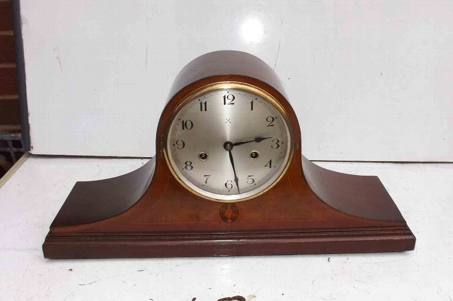 Mantle clock, Edwardian mahogany cased with inlays.