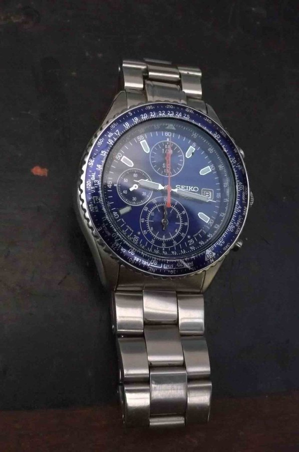 Seiko mans stainless steel wristwatch. @@ free UK post