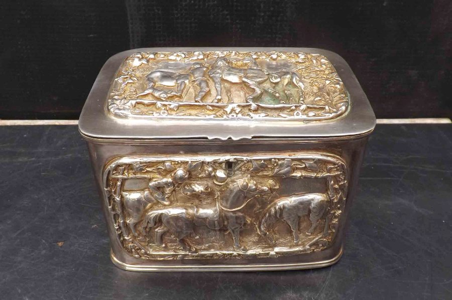 Tea Caddy circa 1800 silver plate with horse & jokey's scenes in relief